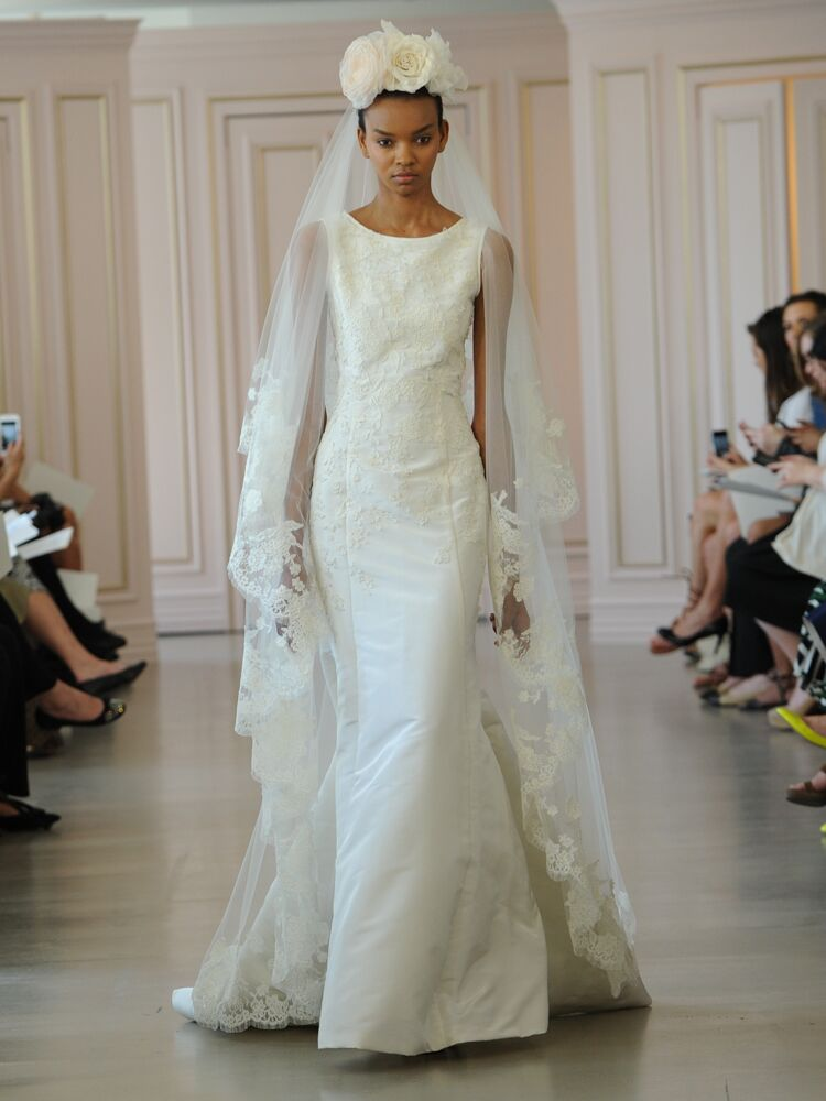 b8df902639 Oscar de la Renta white silk faille trumpet wedding dress with floral lace  embroidery