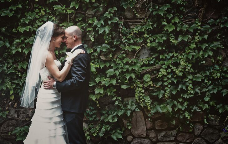 Bride and Groom Vine and Greenery Backdrop