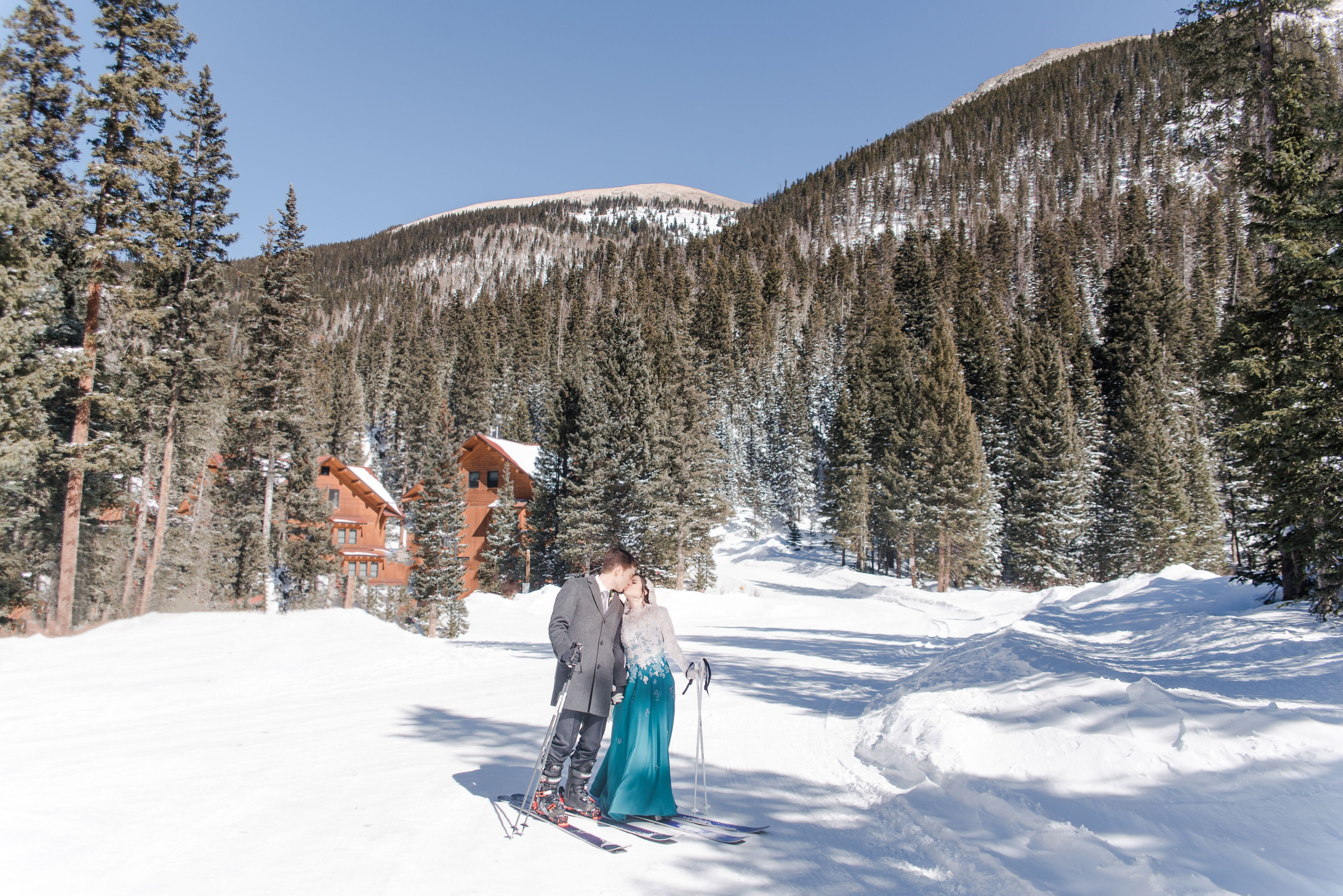 A Mountain Themed Winter Wedding At Taos Ski Valley In
