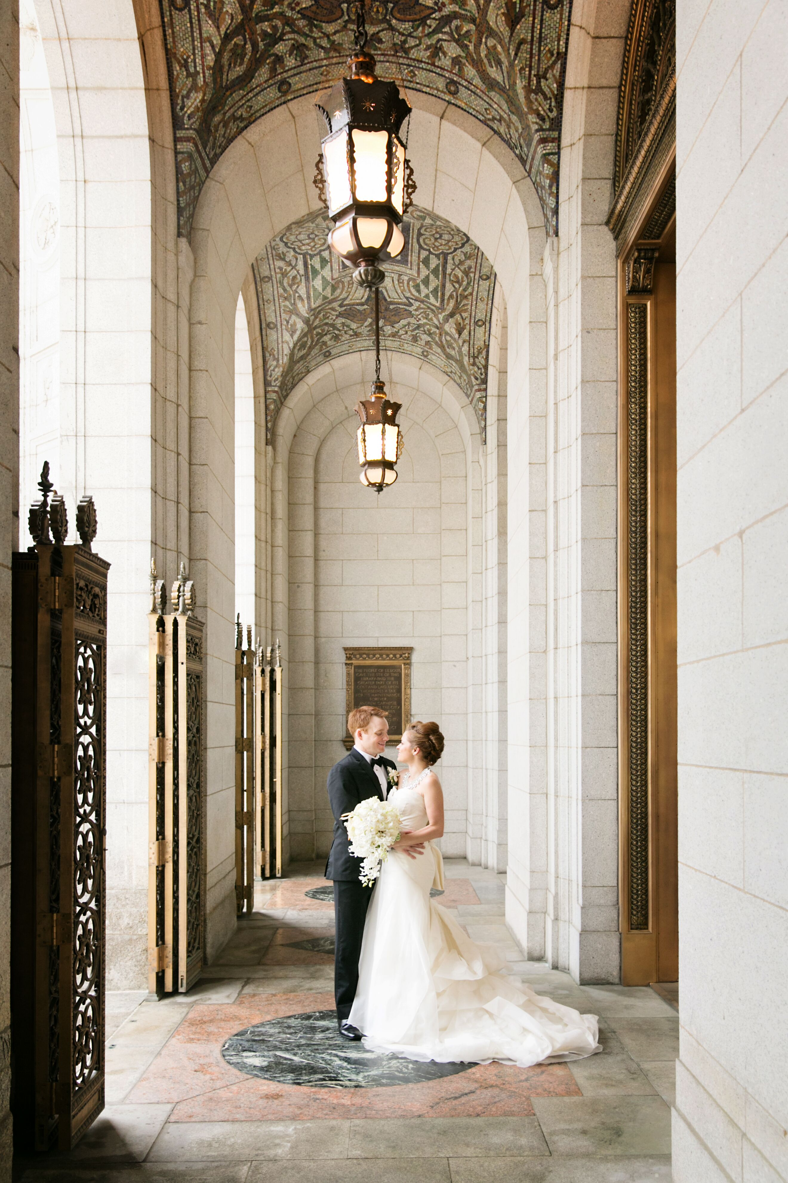 A Formal Art Deco Wedding At The Peabody Opera House In St