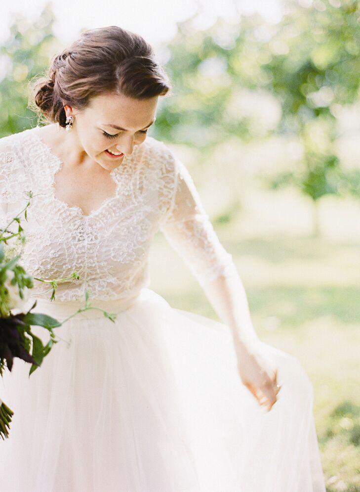 A Timeless Elegance Wedding at Pippin Hill Farm & Vineyards in North Gard