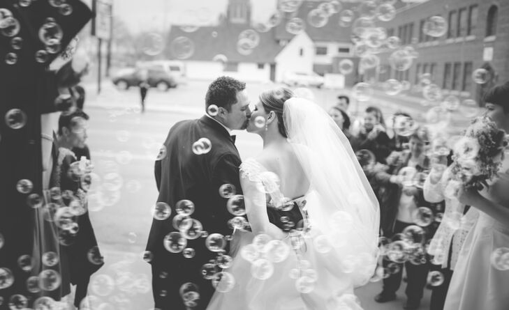 A glamorous ivory wedding at pueblo union depot in pueblo for Fitness depot wedding