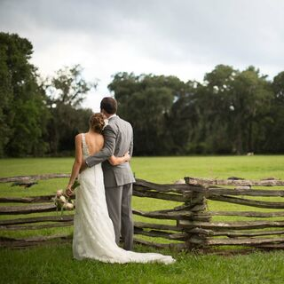 A Simple Rustic Wedding in Charles