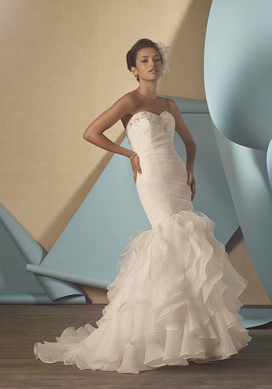 Alfred Angelo Signature 2431 Wedding Dress photo