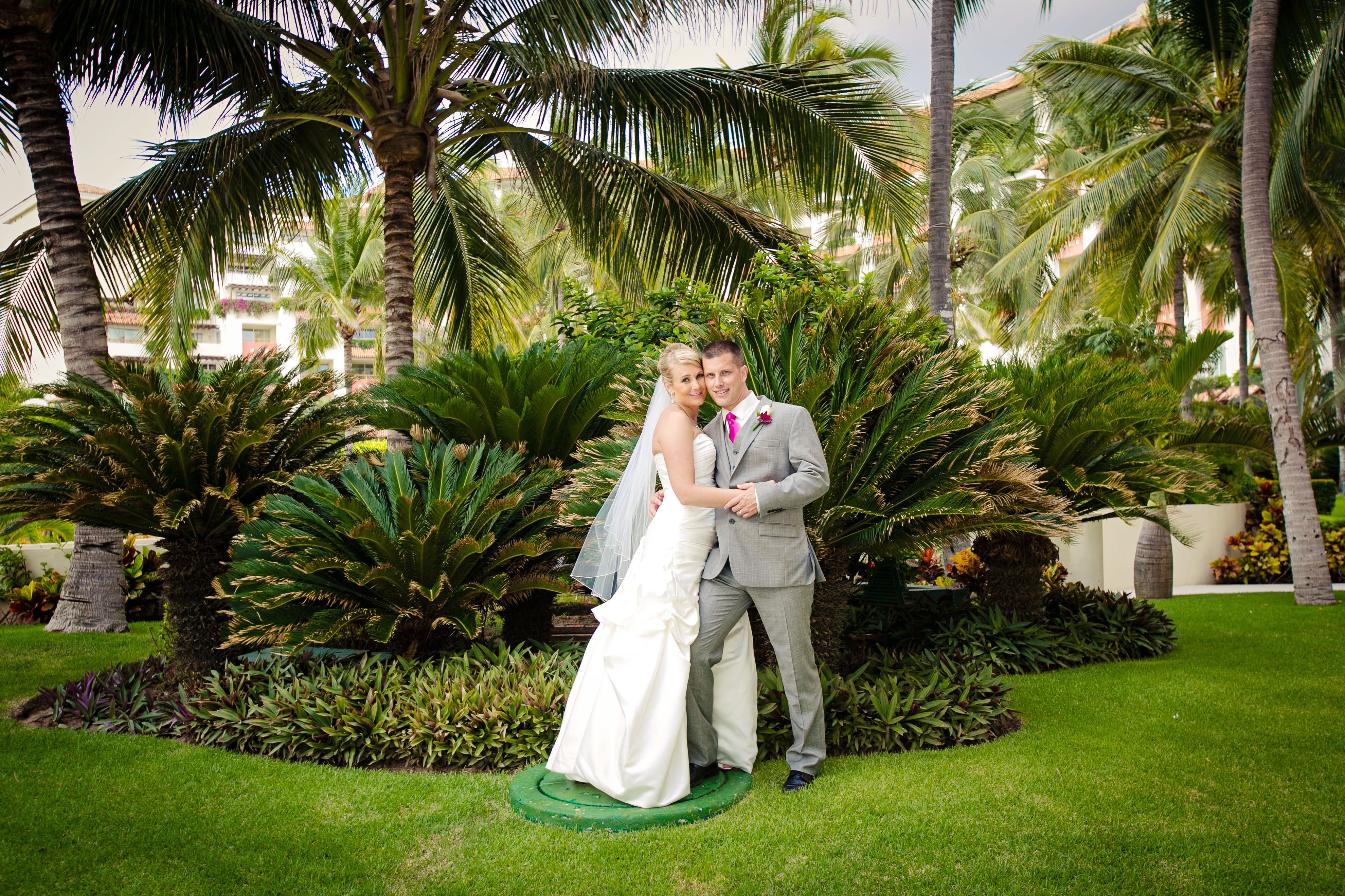 Grand Jour Mother Of The Bride Outfits And: A Casual Destination Wedding At The Grand Velas Riviera
