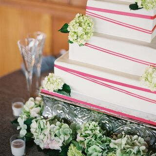 Real Modern Wedding Cakes