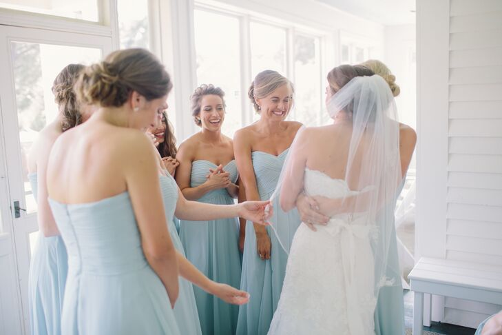 An elegant tented wedding at pebble hill plantation in for Wedding dresses thomasville ga
