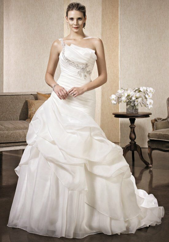 Kenneth Winston: Premiere LV96 Wedding Dress photo
