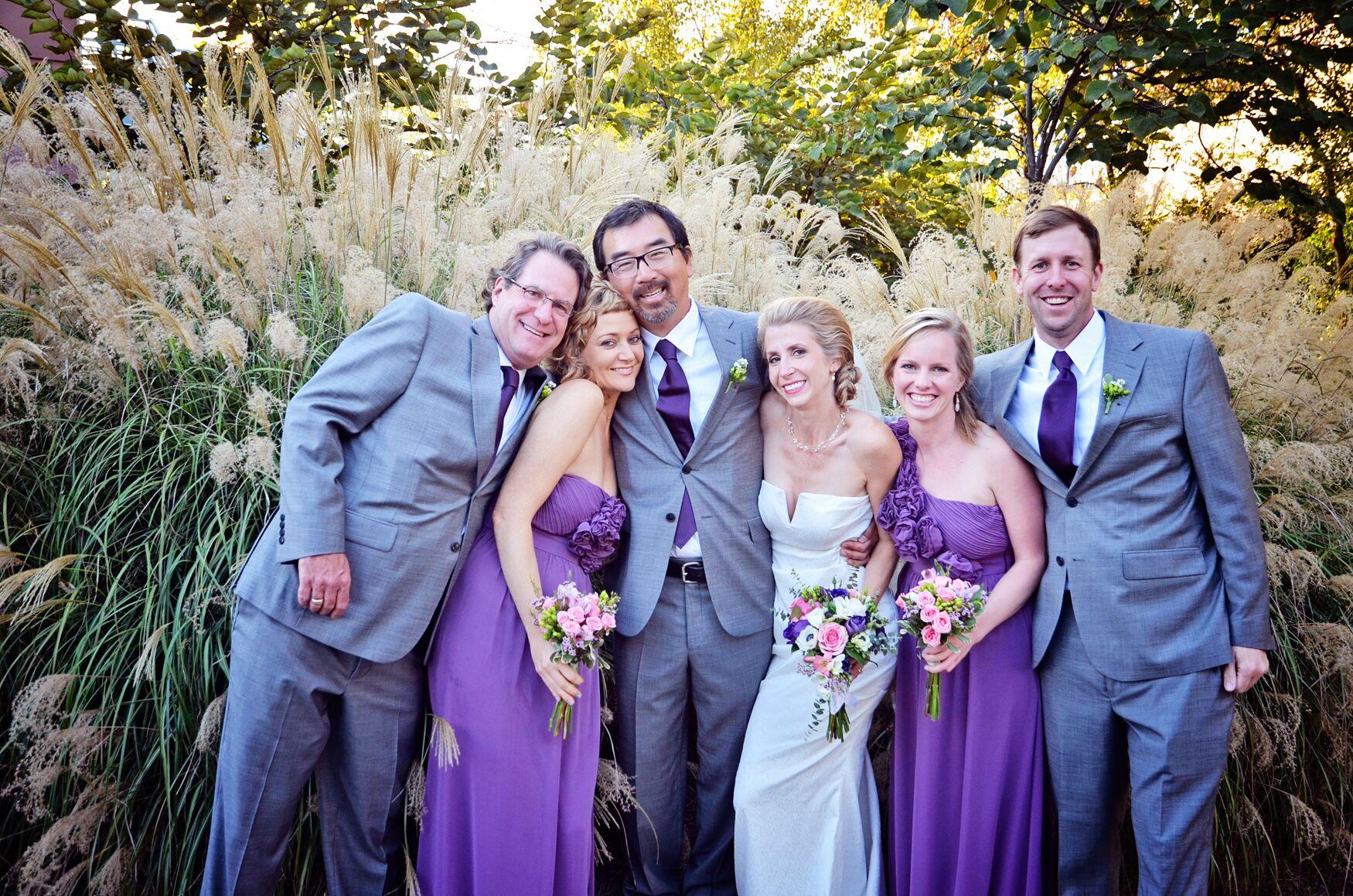 lilac bridesmaid and groom - HD1750×1159