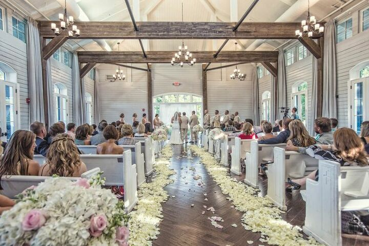 Foxhall resort sporting club atlanta ga for Wedding dresses for rent in atlanta ga
