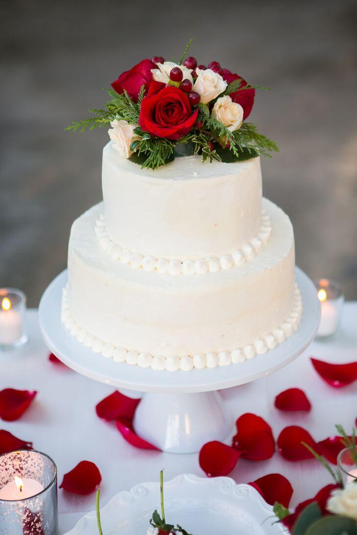 Ivory Beaded Wedding Cake With Roses