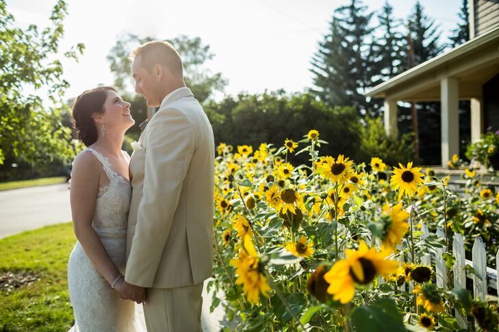 Cassi Daverne (28, an HSE Advisor) and Cody Stern (32, an HSE Advisor) held their wedding in their hometown of Okotoks, Alberta. They held a tradition