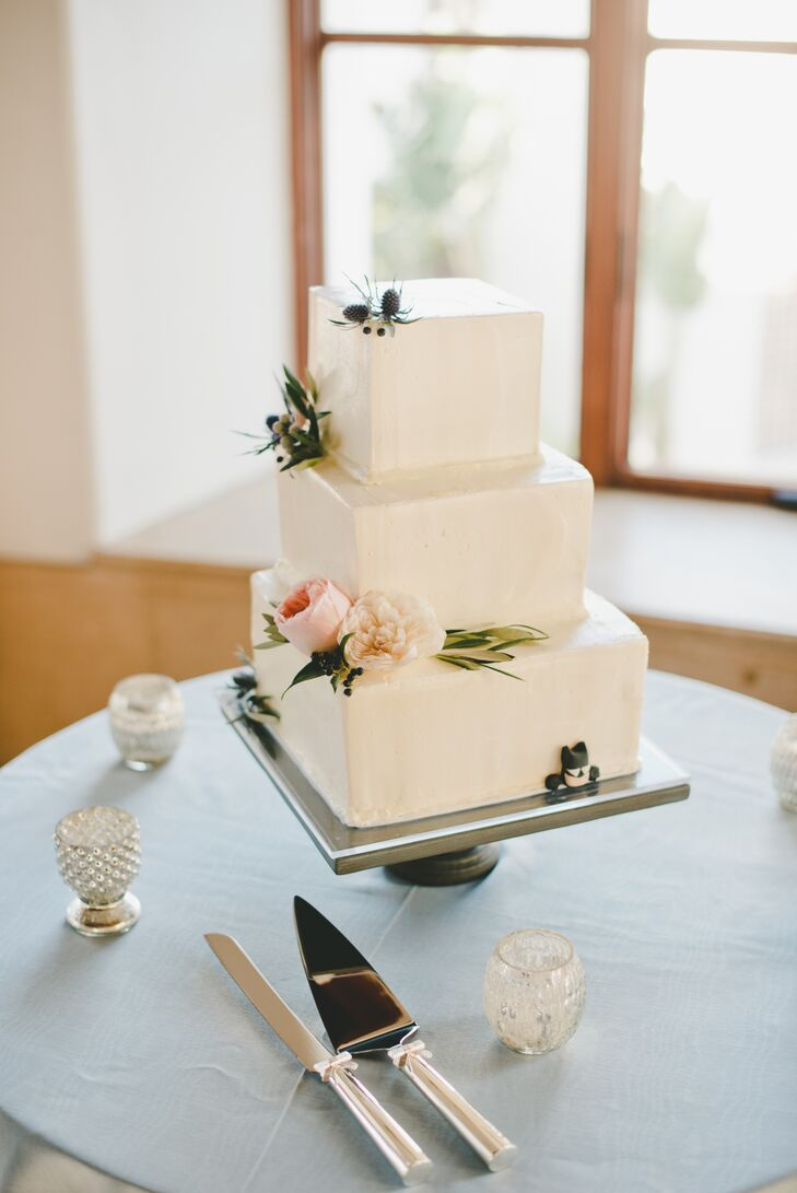 how to cut a 3 tier square wedding cake three tier square wedding cake 15613