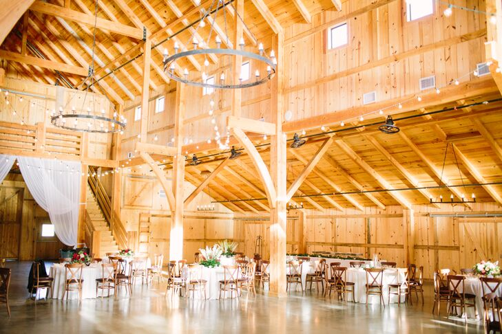 Chic Barn Wedding at The Venue at Waterstone