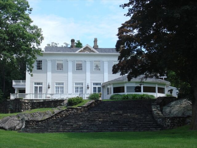 Monteverde At Oldstone Cortlandt Manor Ny