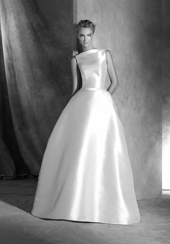 Atelier Pronovias ISELDA Wedding Dress photo