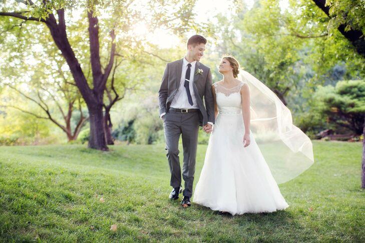 A Botanica Gardens Wedding In Wichita, Kansas