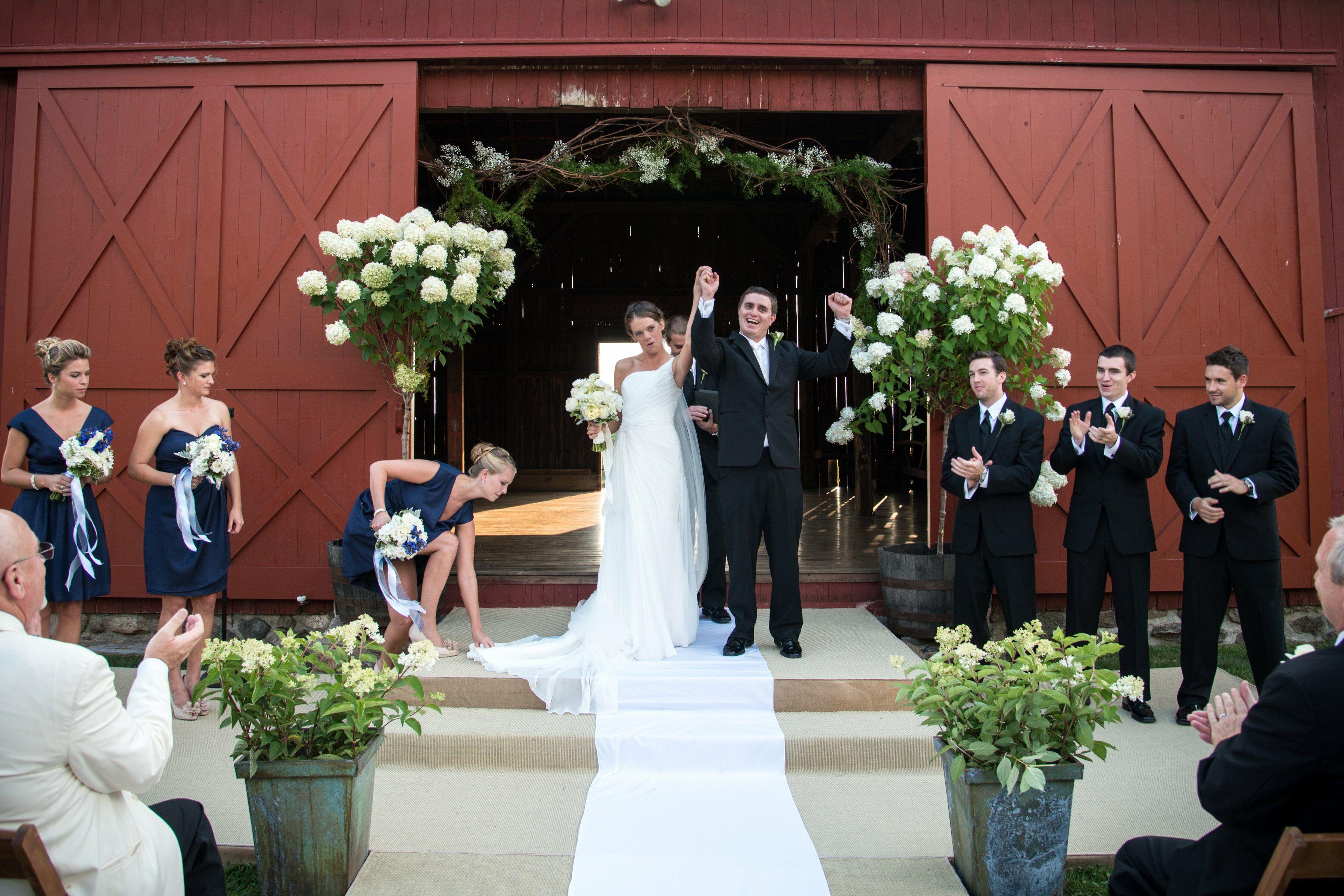Connecticut weddings a country chic barn wedding in redding junglespirit Gallery