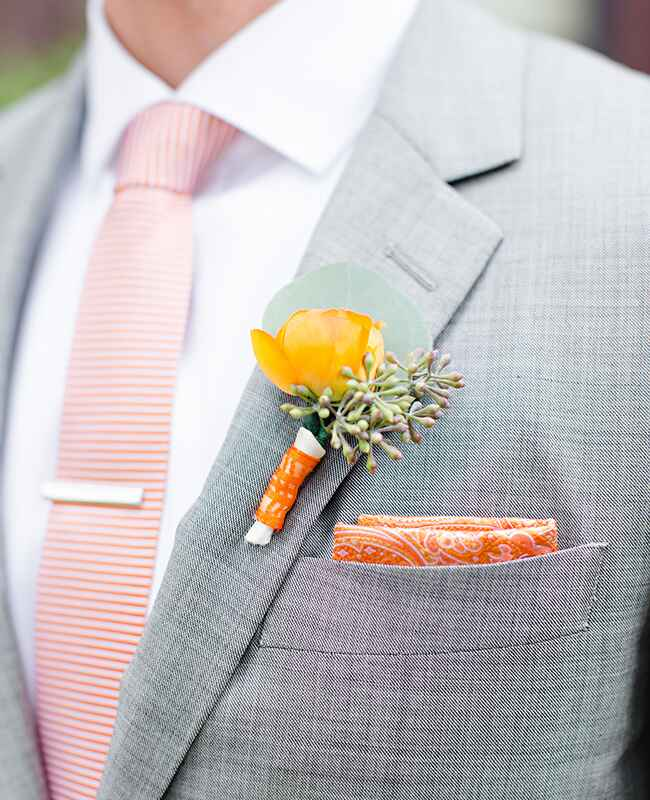 Photo: Tess Pace Photography // Featured: The Knot Blog
