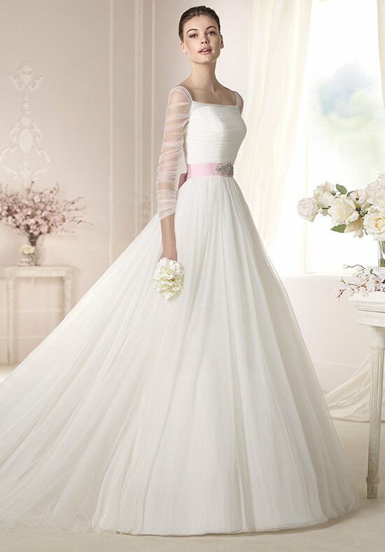 WHITE ONE Dale Wedding Dress photo