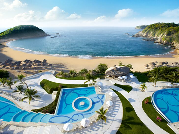 AM resorts huatulco