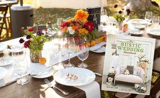 New Rustic Wedding Tips From The Rustic Wedding Handbook | Applemoon Photography |Blog.TheKnot.com
