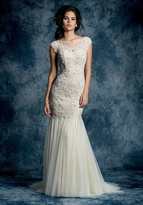 Alfred Angelo Sapphire 897 Wedding Dress photo