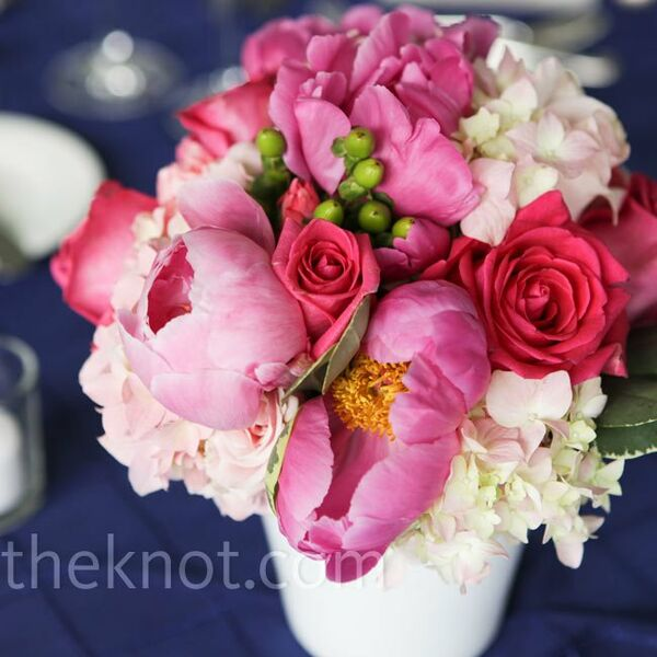 White and Pink Centerpieces