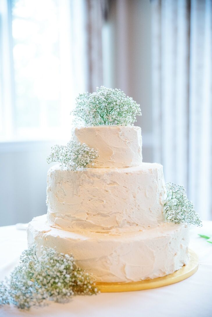Buttercream Wedding Cake With Babys Breath