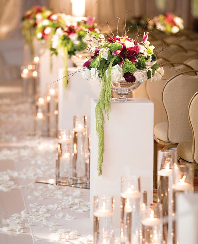 Pedestal And Floating Candle Aisle Decor Photo Bob Dawn Davis Photography Design Featured The Knot Blog