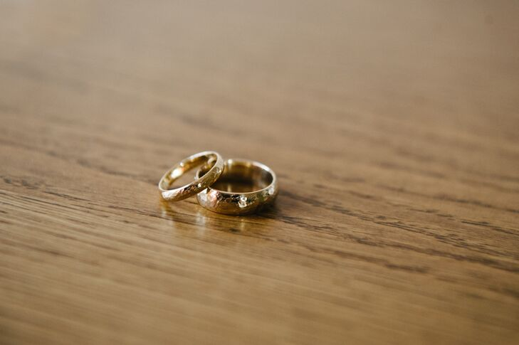 Classic Gold Wedding Rings
