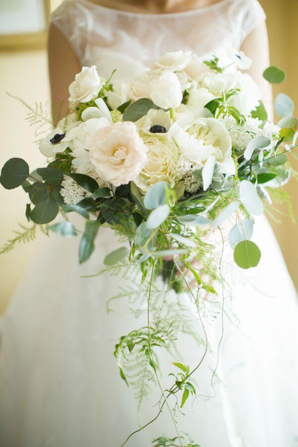 Simple Wedding Bouquet White
