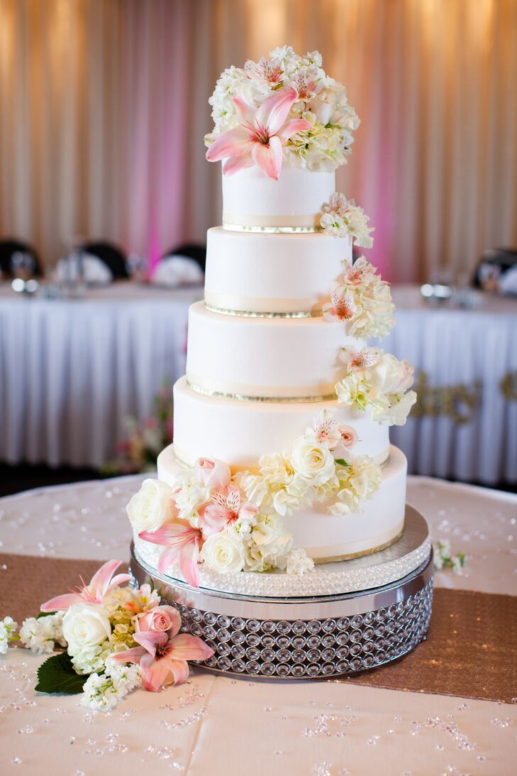 5 tier wedding cake with cascading flowers five tier white fondant cake with cascading flowers 10476