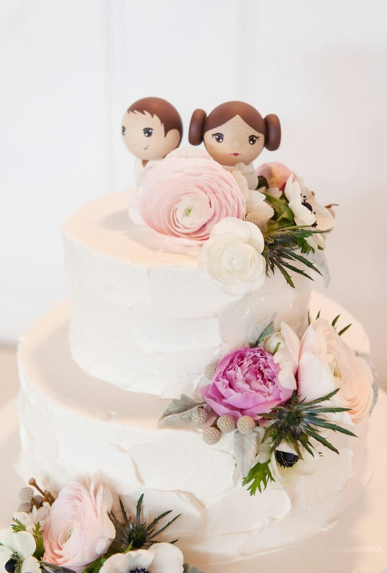 Star wars wedding ideas perfect for may the fourth han solo and leia wedding cake toppers junglespirit Choice Image