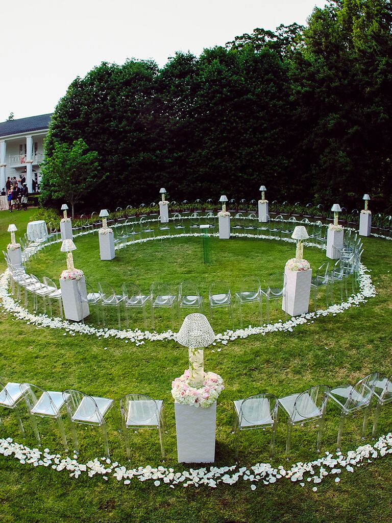 Unique wedding ceremony idea with circular seating