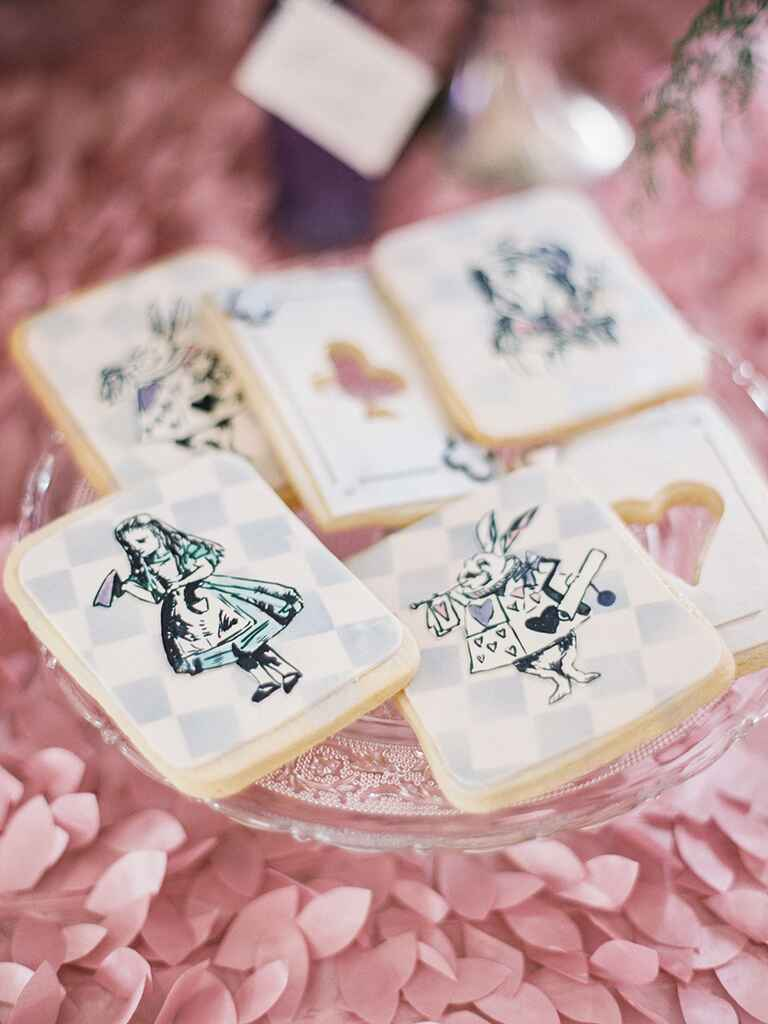 'Alice In Wonderland' cookies for a themed wedding favor idea