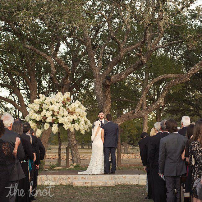Outdoor Wedding Illinois: Outdoor Vineyard Ceremony