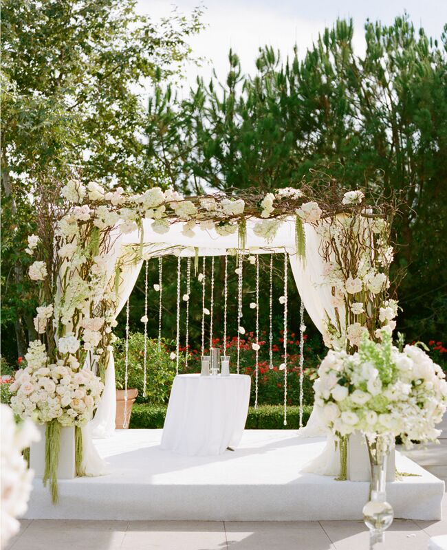 A romantic all white wedding by marisa holmes junglespirit Images