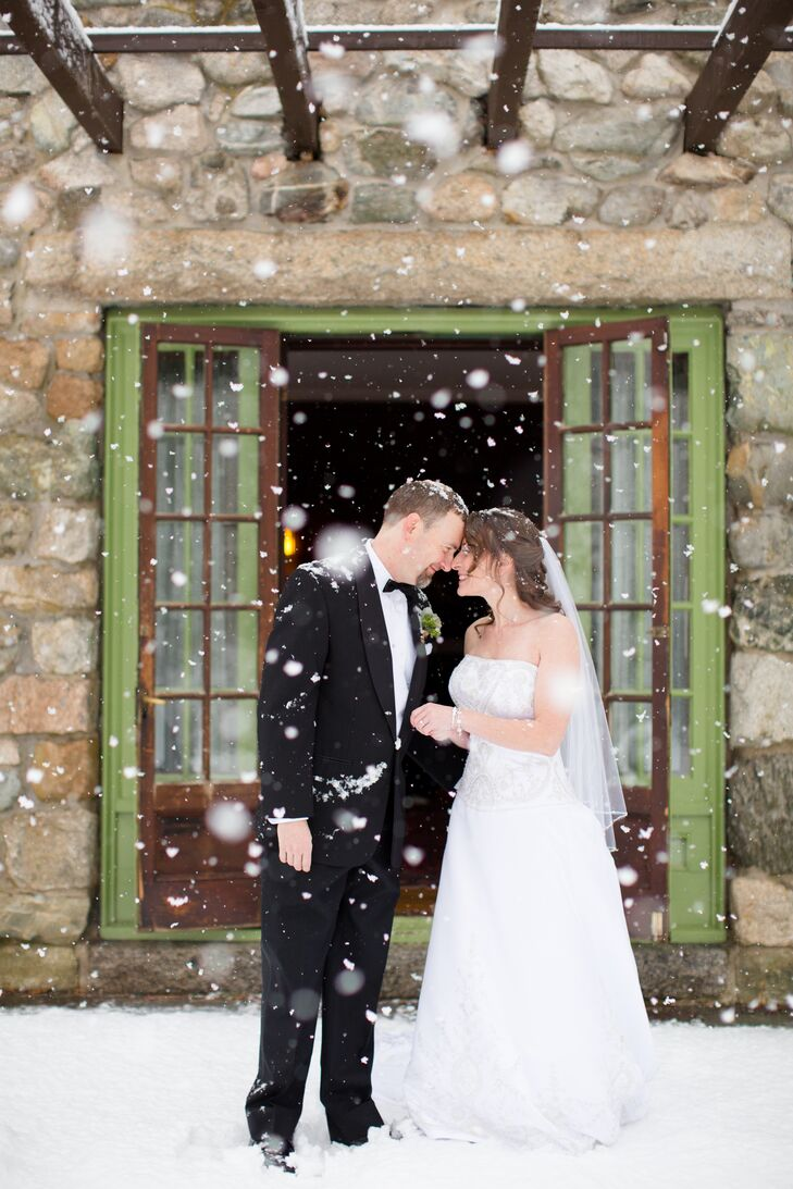 A Clic Winter Wedding At Willowdale Estate In Topsfield Machusetts