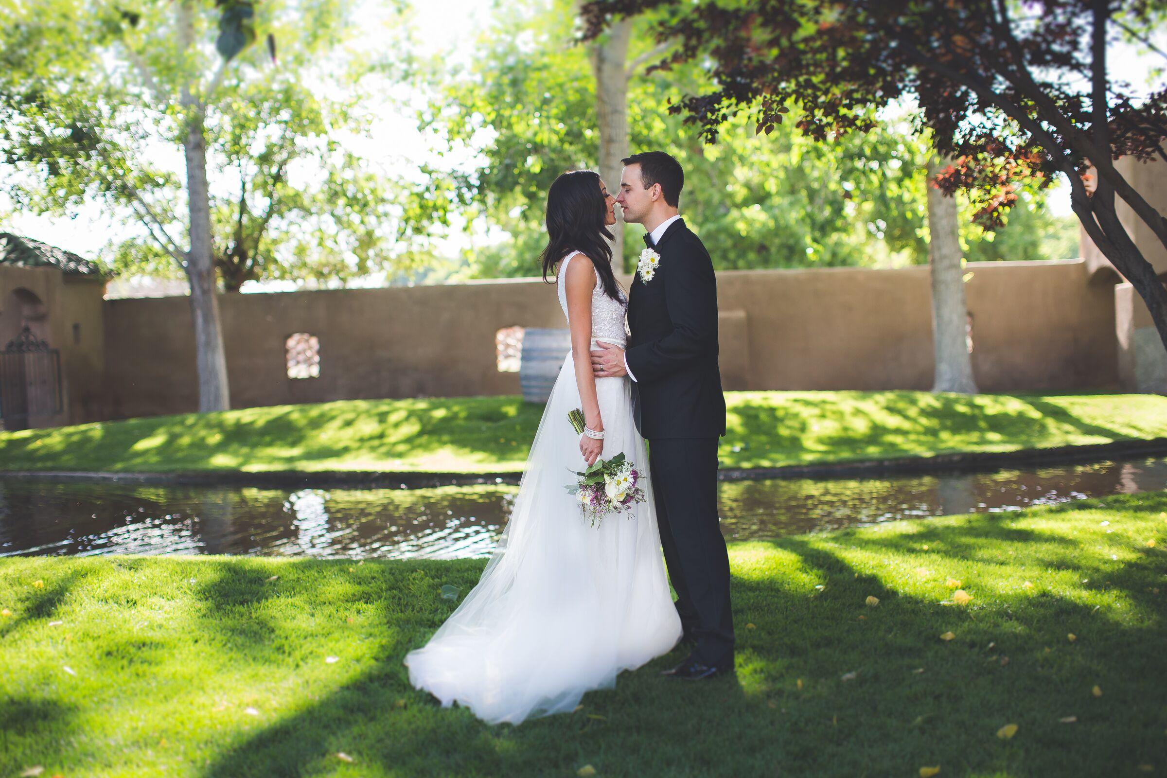 Wedding Invitations Albuquerque: A Glam, Old Hollywood-Inspired Wedding At Casa Rondena