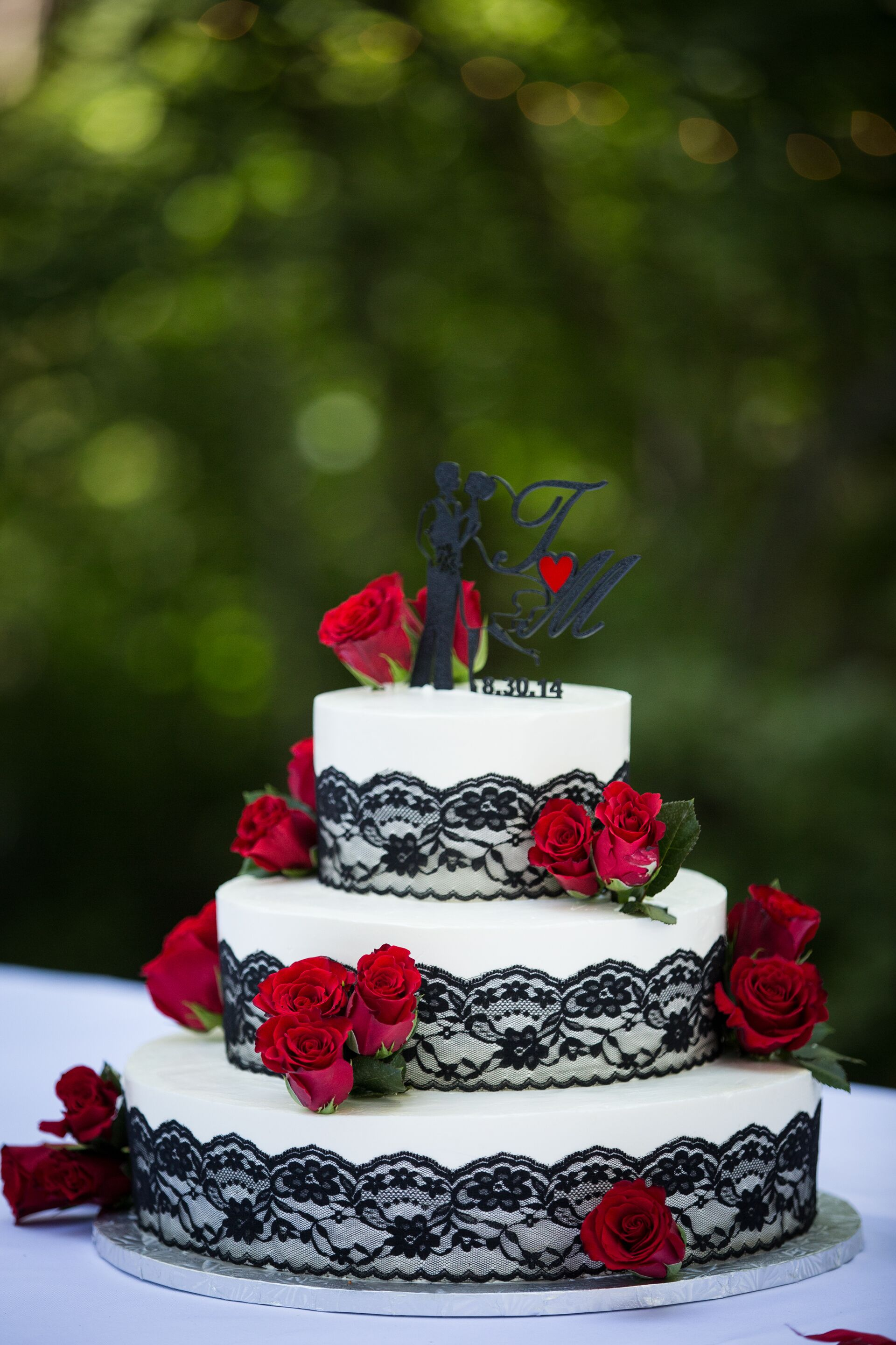 Black Lace Red Rose Wedding Cake