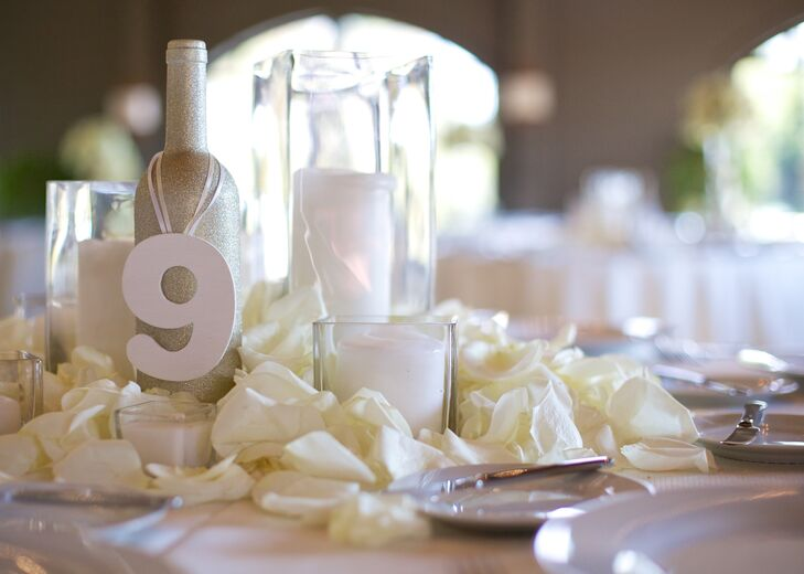 White rose petal centerpiece decor