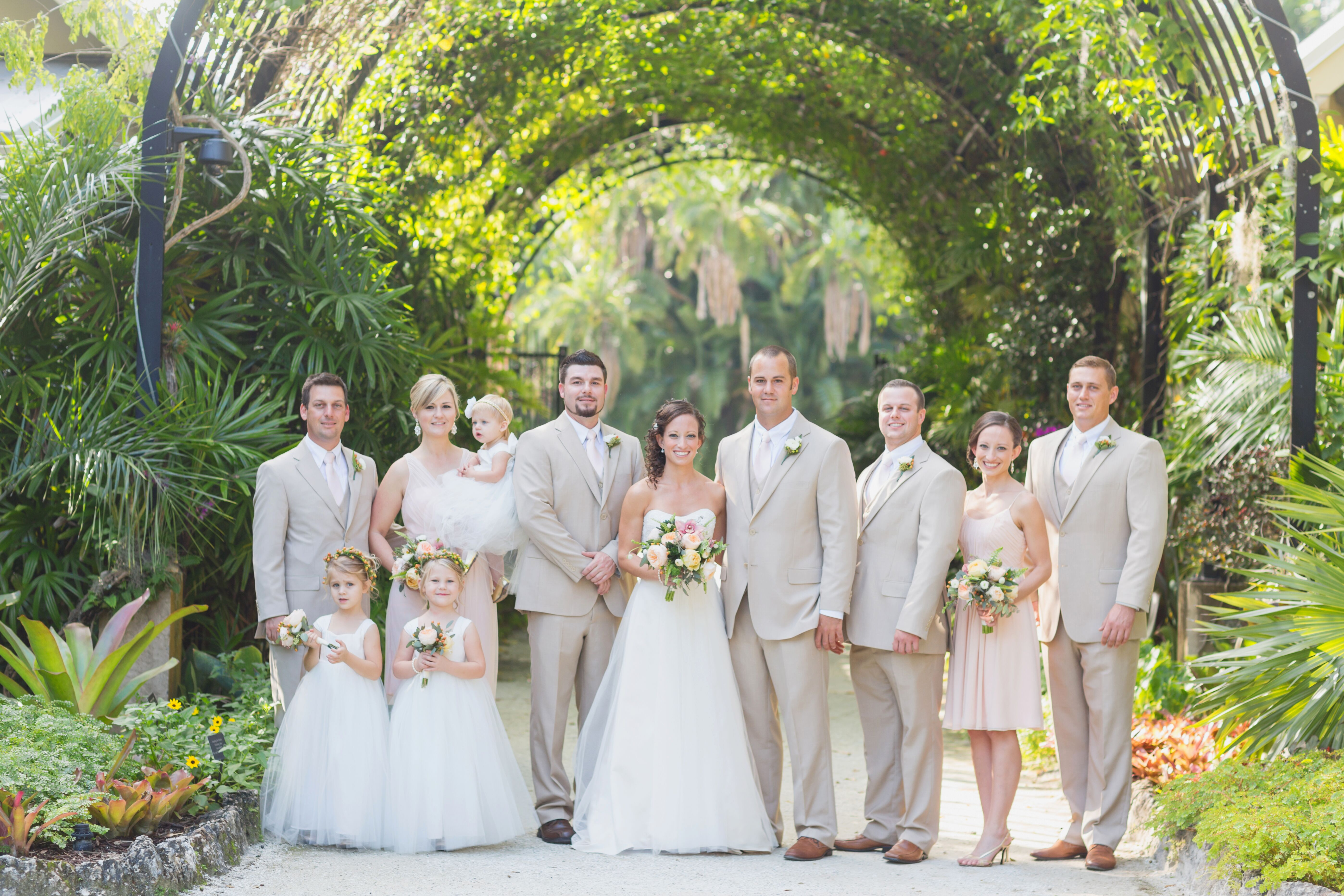 Neutral wedding party in mckee botanical garden for Florida botanical gardens wedding