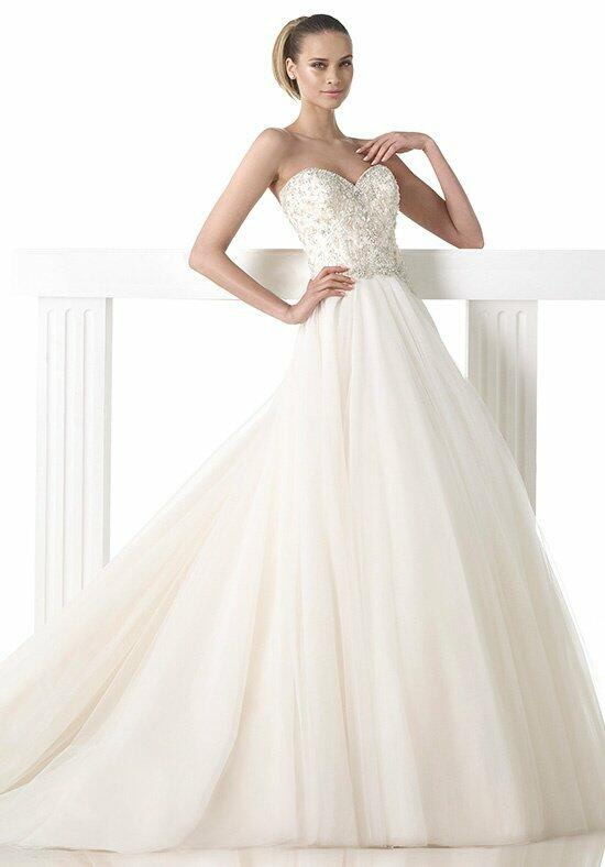 PRONOVIAS Mada Wedding Dress photo