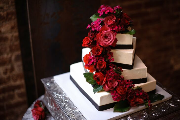 red rose wedding cakes pictures a modern black and white wedding in yountville ca 19150