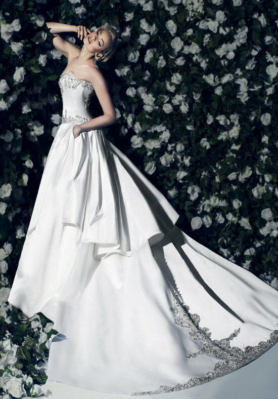 Victor Harper Couture VHC287 Wedding Dress photo