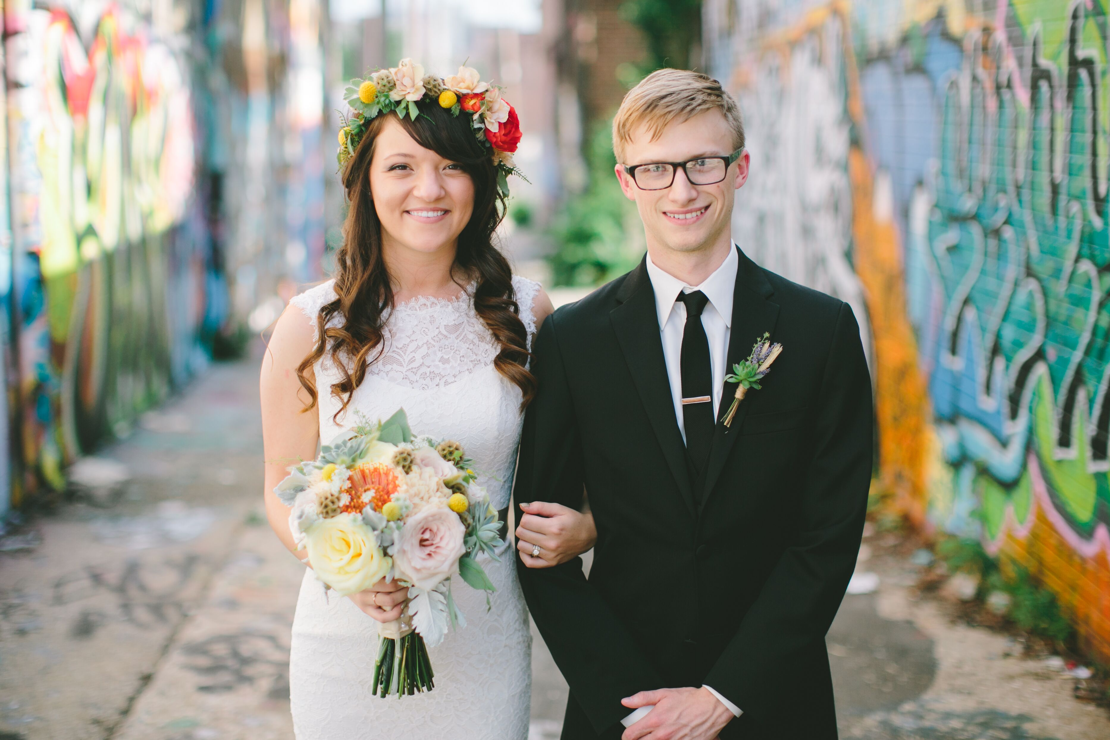 A Rustic Bohemian Wedding At The Guild In Kansas City Missouri