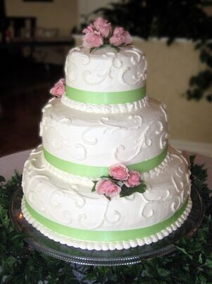 wedding cakes desserts in grand rapids mi the knot