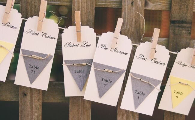 13 Reasons Clothespins Are Killing It At DIY Weddings
