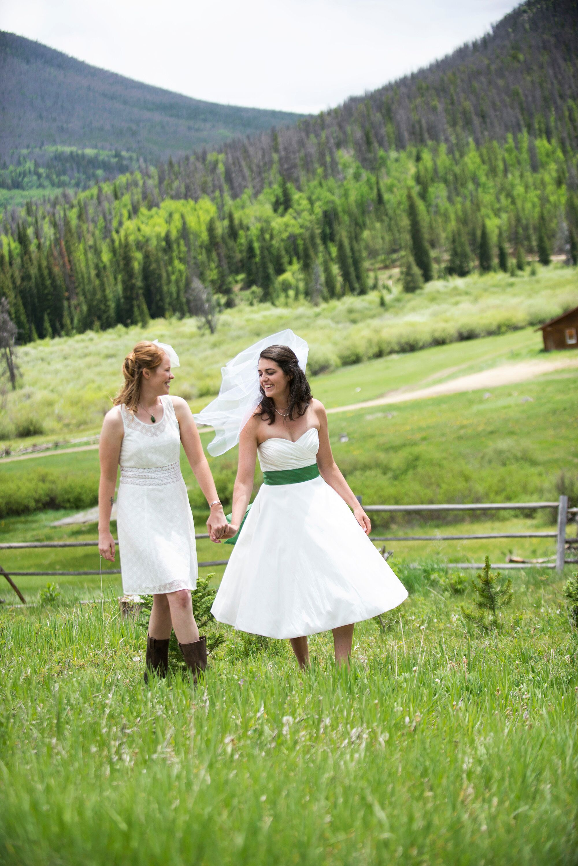 A Rustic Country Wedding At Snow Mountain Ranch In Granby